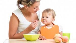 besoin-physiologique-maman-manger-bebe-en-sécurité